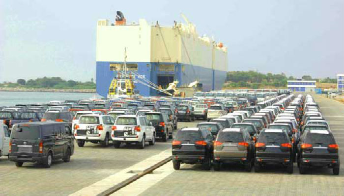 Car shipping to Africa from Dubai RORO - Three Star Cargo